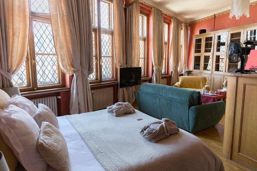 Huyze Die Maene, luxueuze kamers met een grote leefruimte